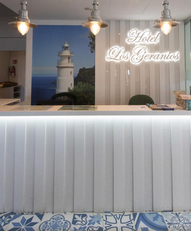 Recepción Hotel Los Geranios